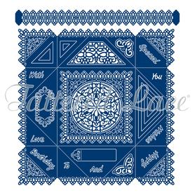 Wykrojnik - Tattered Lace  Decorative Edge Napkin Fold Card